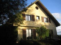 Vufflens-le-Château, à 5 minutes de Morges spacieuse villa jumelle