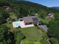 France voisine, belle villa d'architecte  avec vue Alpes